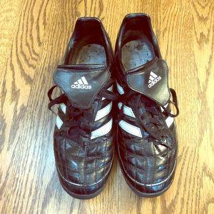 Men's Adidas Puntero Indoor/Turf Soccer Shoes -  7